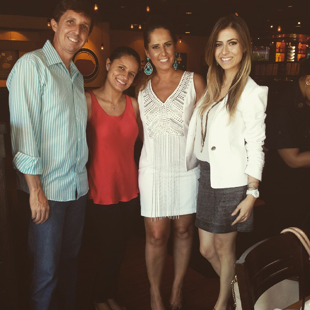 16.01.15 - PAtrícia Caetano Outback Center Shopping